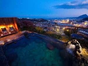 ホテル風月HAMMOND:展望露天(男性・岩風呂)眩いほどの夜景