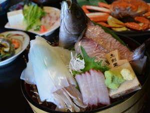 皆生温泉 芙蓉別館:料理長厳選【境港・隠岐の魚介★白烏賊★贅沢な魚三昧です