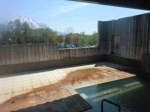くっちゃん温泉 ホテルようてい:羊蹄山を望む露天風呂