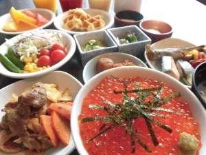 天然温泉神威の湯 ドーミーイン旭川:◆いくら・サーモン・甘えびで海鮮丼