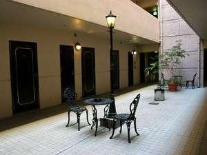 ビジネスホテルサンシティ2号館:◆二階◆オシャレな不思議空間~♪