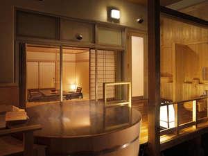 匠のこころ 吉川屋:露天風呂から雄大な景色を独り占めできる露天風呂付客室「青葉」はご夫婦旅にピッタリ。