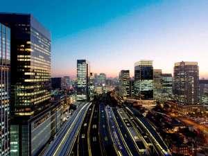 ホテルメトロポリタン丸の内:贅沢を感じる東京夜景を満喫、東京駅上空の天空ホテル