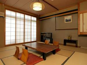 旅館金時:【部屋】落ち着いた和のたたずまいの客室で、ゆっくりとお寛ぎ下さい/部屋一例