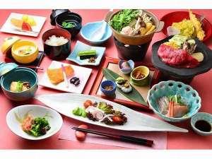 万座亭:旬の食材を盛り込んだ和食膳一例 約10品