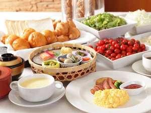 福岡サンパレス ホテル&ホール:こだわりの朝食。ご宿泊の方は700円です(チェックイン時までにご予約頂いた場合)