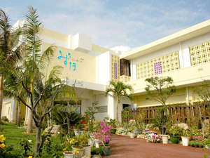 ホテル 花と緑のみずほ石垣島:*多くの植物が皆様をお迎えいたします。