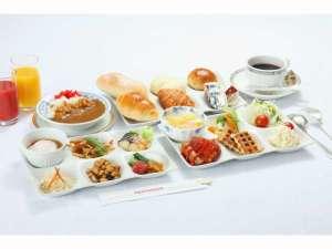 KKRホテル広島(国家公務員共済組合連合会広島共済会館):朝食は約30品目をバイキングスタイルでご用意致しております。