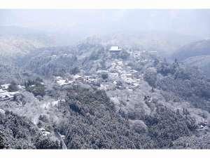 <吉野山の冬景色>冬期お出かけの際は、冬用タイヤ必須です。