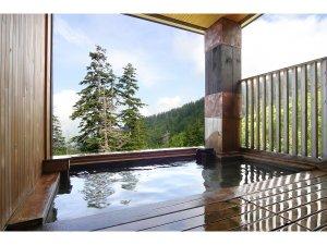 十勝岳温泉 カミホロ荘:大自然を体感できる自慢の露天風呂