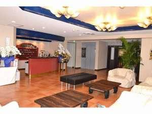 させぼパレスホテル:リニューアル致しましたフロント・ロビー。禁煙で快適空間となっております。