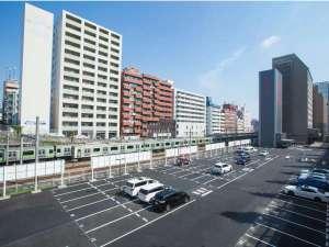 ホテルベルクラシック東京:屋外駐車場