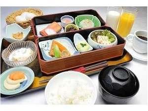 和風旅館扇松園 :地元農家さんが作ったおいしいお米を使った朝食は絶品です。