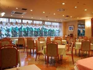 ホテル リステル新宿:レストラン【ファムネット】