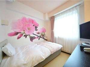 宇和島オリエンタルホテル:【女性限定フロア】2016年8月に新設されたフロアです♪桜の他にも色々な花の壁紙のお部屋があります☆彡
