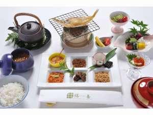 京の宿 綿善旅館:京都のお漬物をお茶漬けで召し上がって頂くぶぶ漬け朝食