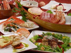 ローカルハワイアンな癒し宿 ペンション マンダリンハウス:人気No1贅沢三昧コース。極上シーフードに当店自慢のロース肉料理。食べたら納得の一品です!