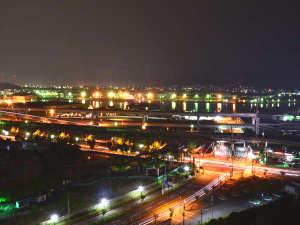 北九州八幡ロイヤルホテル(4/1よりアクティブリゾーツ 福岡八幡):ナイトビュー客室からの夜景※イメージ_