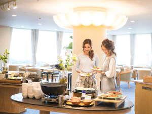 アクティブリゾーツ 福岡八幡(旧:北九州八幡ロイヤルホテル):■朝食バイキング:福岡・北九州の名物料理が楽しめます。