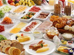 ホテルオークラ神戸:約70種の料理が愉しめるご朝食ブッフェ※イメージ