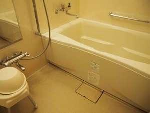 ホテルドリームゲート舞浜:洗い場付のゆったりお風呂で、ご自宅のようにお寛ぎできます。