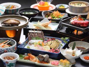 国民宿舎小豆島:【夕食】アワビと牛ステーキの特選会席(一例)