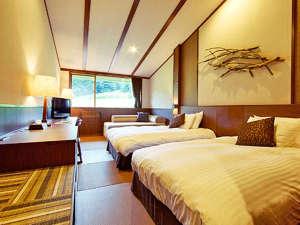 八幡平マウンテンホテル(旧八幡平リゾートホテル):【マウンテンルーム】岩手山を望む、最上階のお部屋。