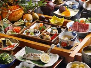 奥阿蘇の宿 やまなみ:【夕食】季節の「美味しい」をつめこんだ郷土会席です(秋)/例