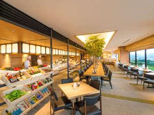 アートホテル旭川:ホテル15Fビュッフェレストラン「北海道スカイテラス MINORI(ミノリ)」。270度パノラマビュー