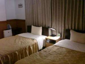 ビジネスホテル クレセント