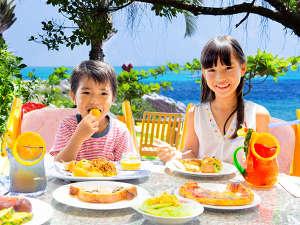 ルネッサンスリゾートオキナワ:セイルフィッシュカフェ:美味しい笑顔いただきま~す☆