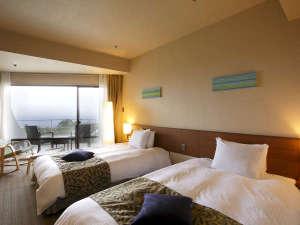 ホテルアンビエント伊豆高原:高原ホテルならではの海の絶景をお楽しみください。