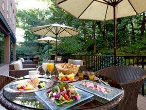 リーガロイヤルホテル:【リモネ】「食のロイヤル」の美食を朝から堪能。約80品目のこだわりが大集合。ビュッフェ朝食は高評価