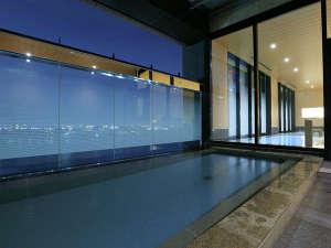 THE SINGULARI HOTEL & SKYSPA at Universal Studios Japan TM:女性スカイスパ外湯