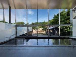 ◆大浴場 山頭火(内風呂)◆ゆったりとした内湯。心ゆくまで温泉をお楽しみください。