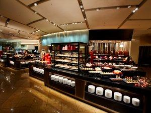 京王プラザホテル:スーパーブッフェ「グラスコート」は2019年1月リニューアルオープンしました!