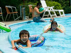湯元こんぴら温泉華の湯紅梅亭:【ガーデンプール】浅いプールもあり小さなお子様も楽しめます(夏期限定)