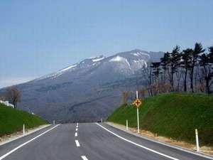ドライブコースから見える蔵王山