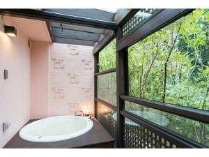 フェアウェイサイドホテル BIRDIE'S FOREST:【デラックススイート】ジャグジー