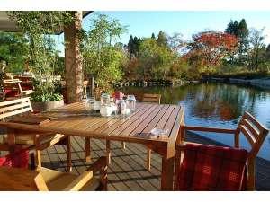 フェアウェイサイドホテル BIRDIE'S FOREST:【レストラン】ゴルフ場レストラン テラス席