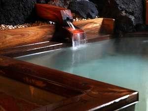 草津温泉 いで湯荘:姫の湯(坪庭風女性風呂)