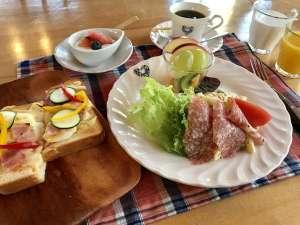 ペンション メモリーズ:朝食(一例)