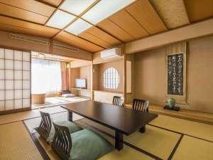 伊豆長岡温泉 二葉:羽衣の間 次の間付のお部屋です