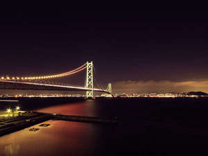 淡路島・岩屋温泉 淡海荘:夜の明石大橋!