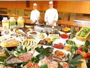 ウェルネスの森 伊東:★新鮮なお刺身、和食、中華のメニューが魅力の夕食バイキング
