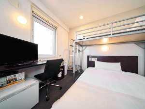 スーパーホテル広島:150㎝幅ダブルベッド+ロフトベッド&32型液晶TV&加湿空気清浄機完備♪