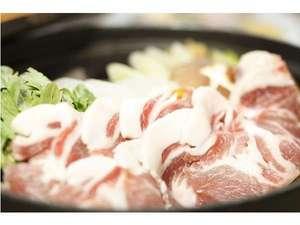 湯心の宿 旅館いちかわ:猪鍋は、ヘルシーで女性にも人気!