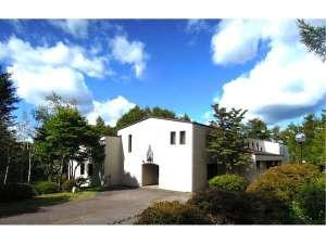 山中湖ハウス 2000坪の森ごと貸切 富士山の見える貸別荘の写真