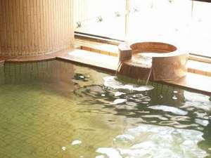 鳥海温泉 遊楽里:美肌の素となる成分「メタケイ酸」をたっぷり含んでおります