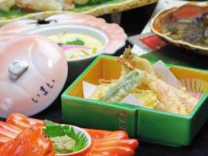 いまい旅館:カニの天ぷら・蒸し物(茶碗蒸し)はどのコースにも。熱い内に召し上がれ。